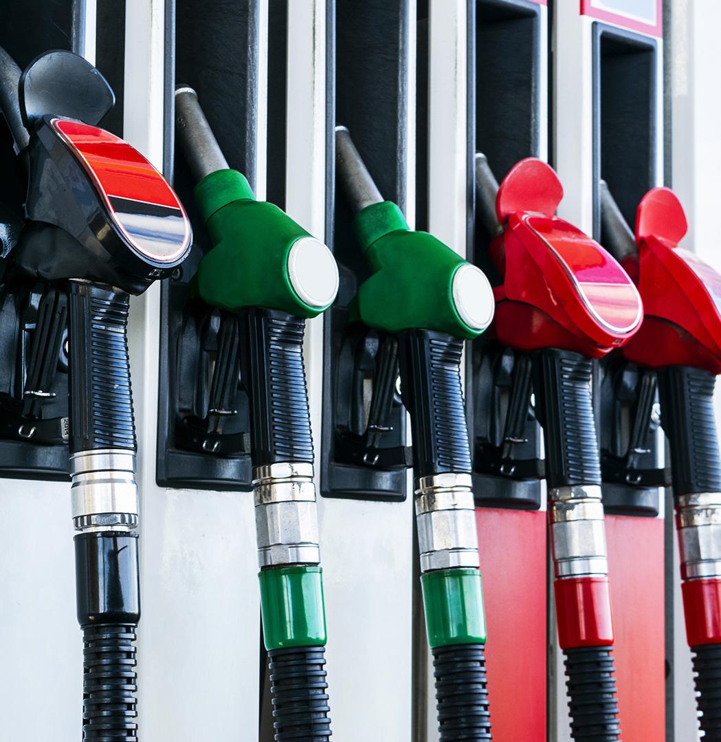 Pompes à essence - Illustration